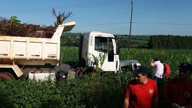 Dois morrem em colisão com caminhão da Prefeitura de Assis Chateaubriand