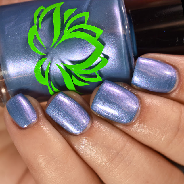 soothing-soul-nail-lacquers-island-breeze-2