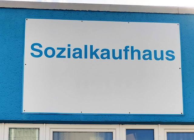 Sozialkaufhaus Schere Arm und Reich