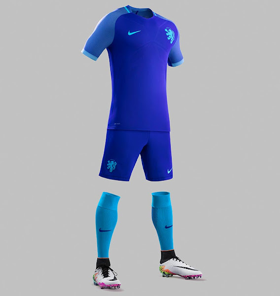 innovative design fc340 496a5 Netherlands go all blue with classy new Nike away kit ...
