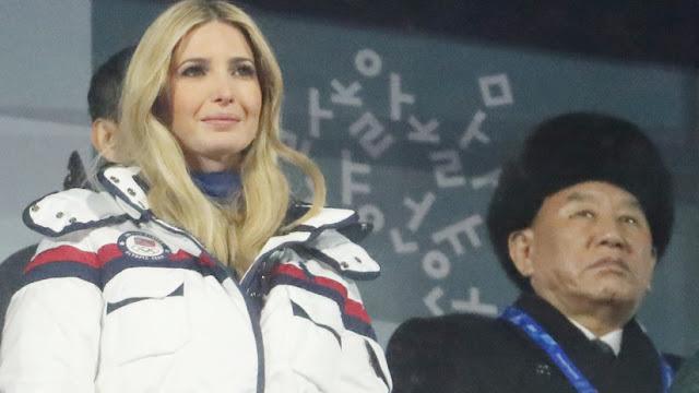 """Ivanka Trump se encuentra con un """"criminal de guerra"""" norcoreano en la clausura de los JJ.OO."""