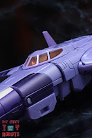 Transformers Kingdom Cyclonus 39