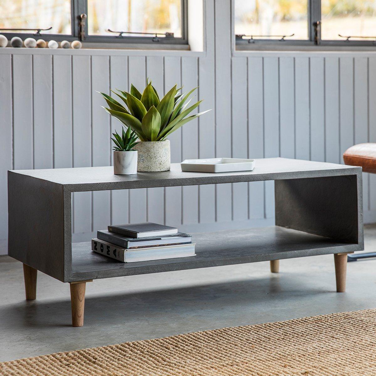 Betonowy stół