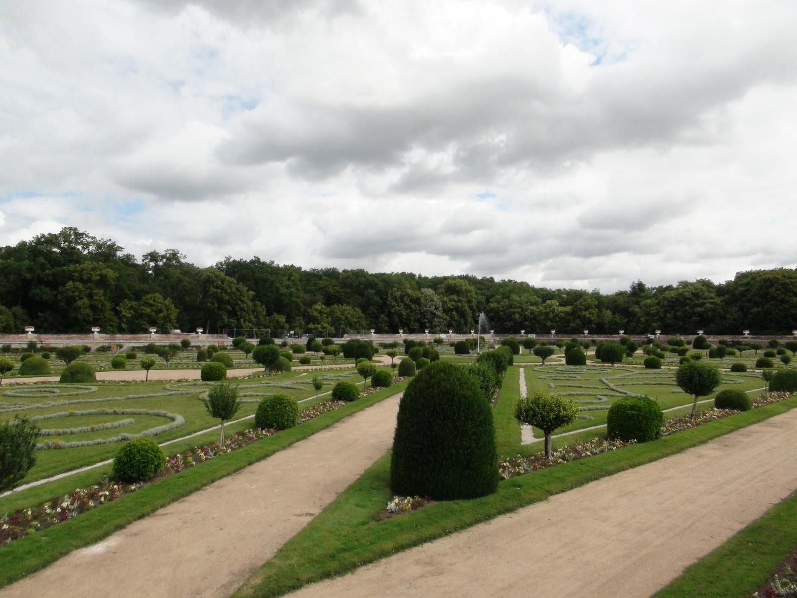 安東尼的雜記: 2011 法國 - Day7 羅亞爾河谷遊古堡(右側)