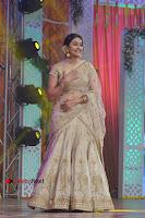 Actress Rakul Preet Singh Stills in Golden Embroidery saree at Rarandoi Veduka Chuddam Audio Launch .COM 0007.jpg