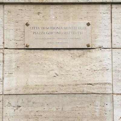 Paolo Portoghesi restauro piazza Guidonia