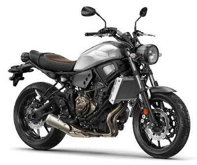 Yamaha XSR900 side angle images
