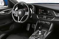 Alfa Romeo Giulia Veloce (2017) Dashboard