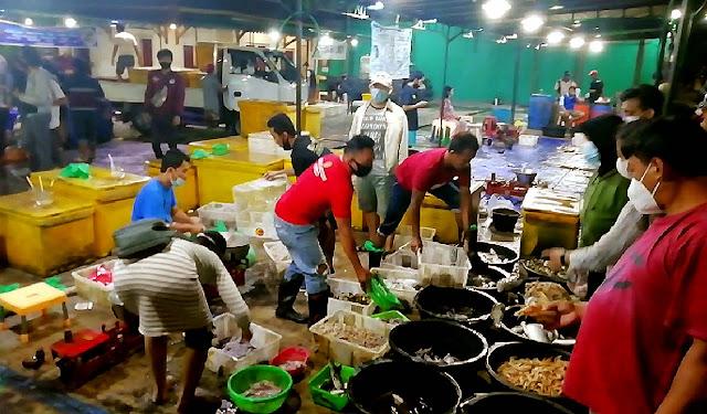 Menanti Gebrakan Gibran di Kawasan Pasar Ikan Balekambang