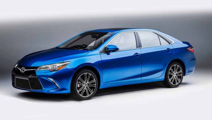 2020 Toyota Camry XLE Hybrid Test