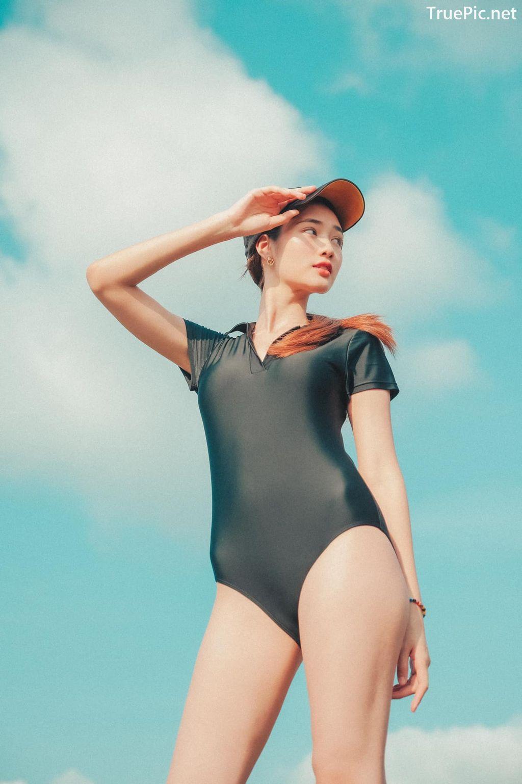 Image-Miss-Teen-Thailand-Kanyarat-Ruangrung-Black-Swimsuit-TruePic.net- Picture-2