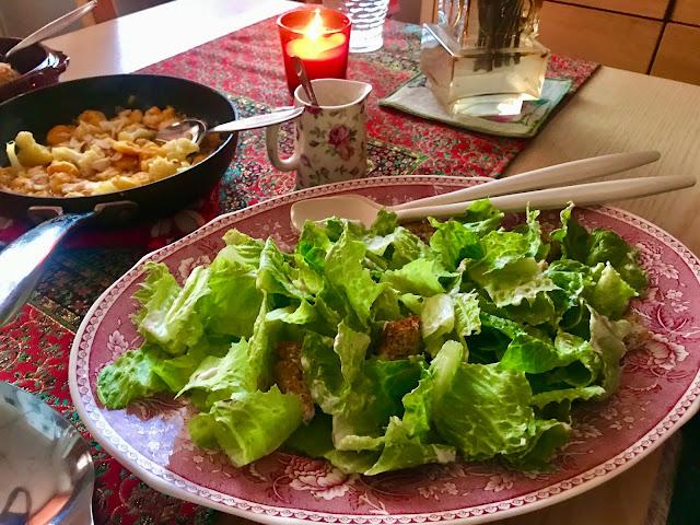 Classic Caesar salad with super low calorie authentic tasting sauce