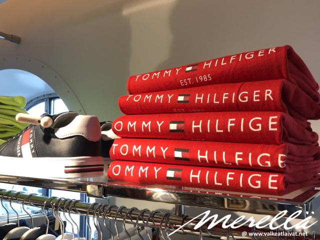 Silja Serenaden uusi Tommy Hilfiger -myymälä