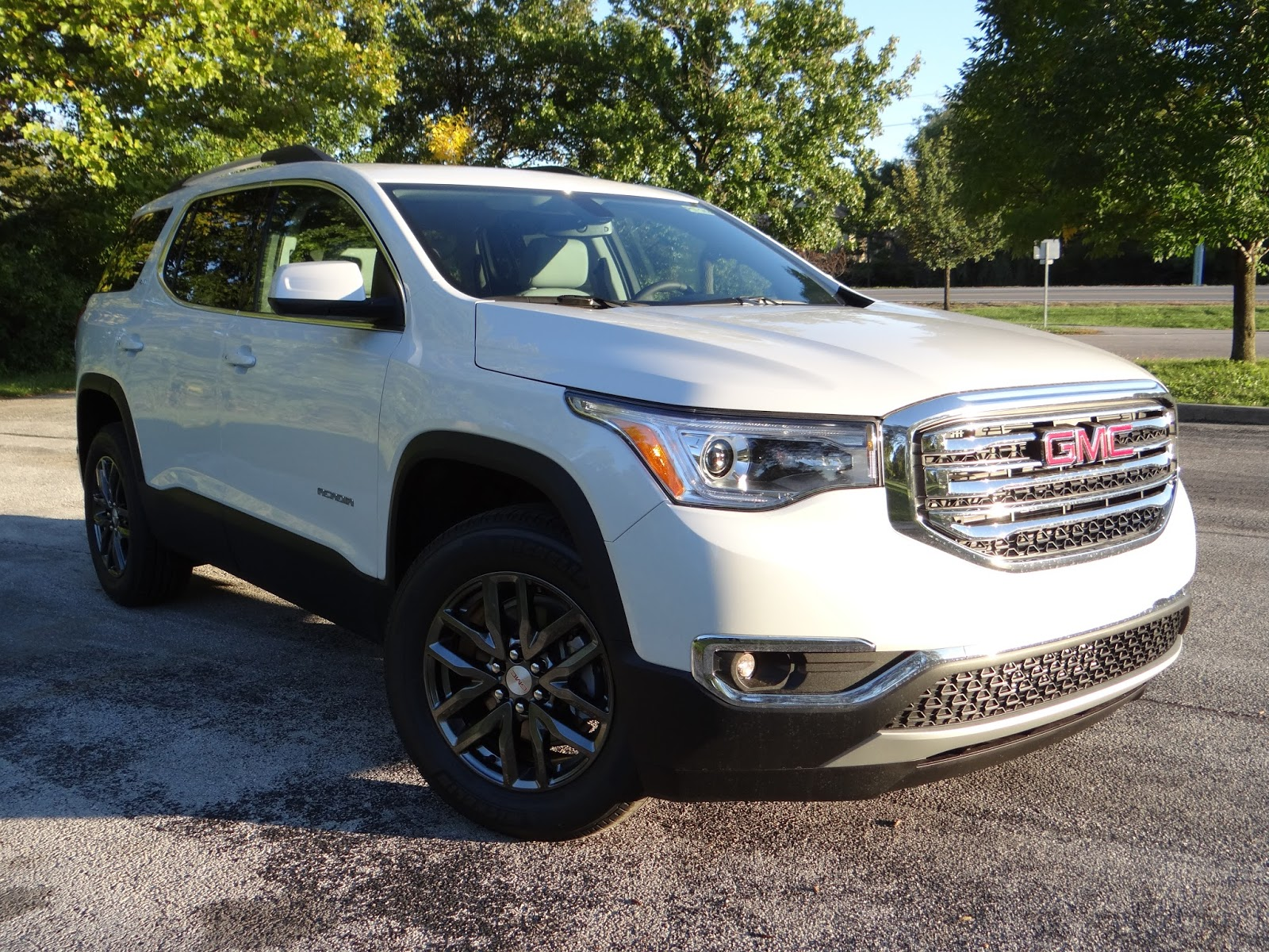 Some will no doubt question why gmc felt the need to make the second generation acadia trimmer while not really confirmed it is largely believed that