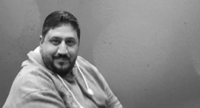 Kuwaiti actor and director Mishaal Al-Khalaf Al-Kuwaiti dies, after being infected with the Coronavirus