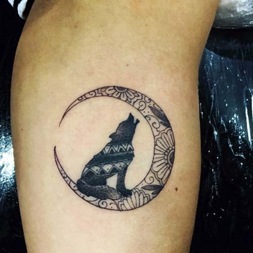ay ve kurt dövmeleri moon and wolf tattoos