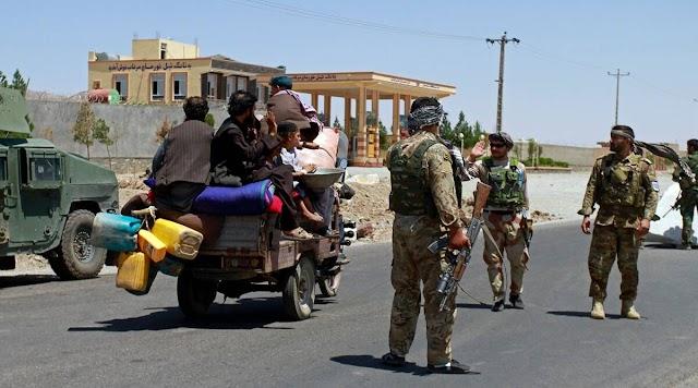 भारत मजार-ए-शरीफ से बाहर निकला, नागरिकों को अफगानिस्तान छोड़ने के लिए कहा