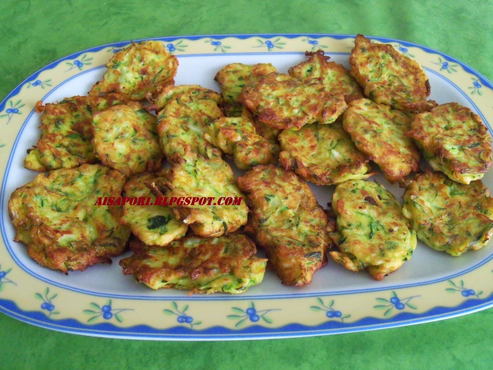 Ai Sapori Kabak Mucveri Frittelle di zucchine della cucina turca