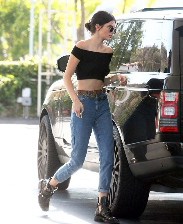 Celeb fashionistas this week- Bella Thorne, Kendall Jenner, Sonakshi Sinha & more..., Entertainment, Celebrity fashion