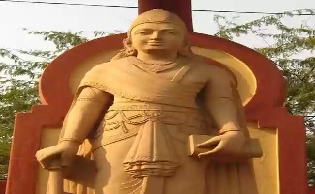 মৌর্য বংশের প্রতিষ্ঠাতা চন্দ্রগুপ্ত মৌর্য