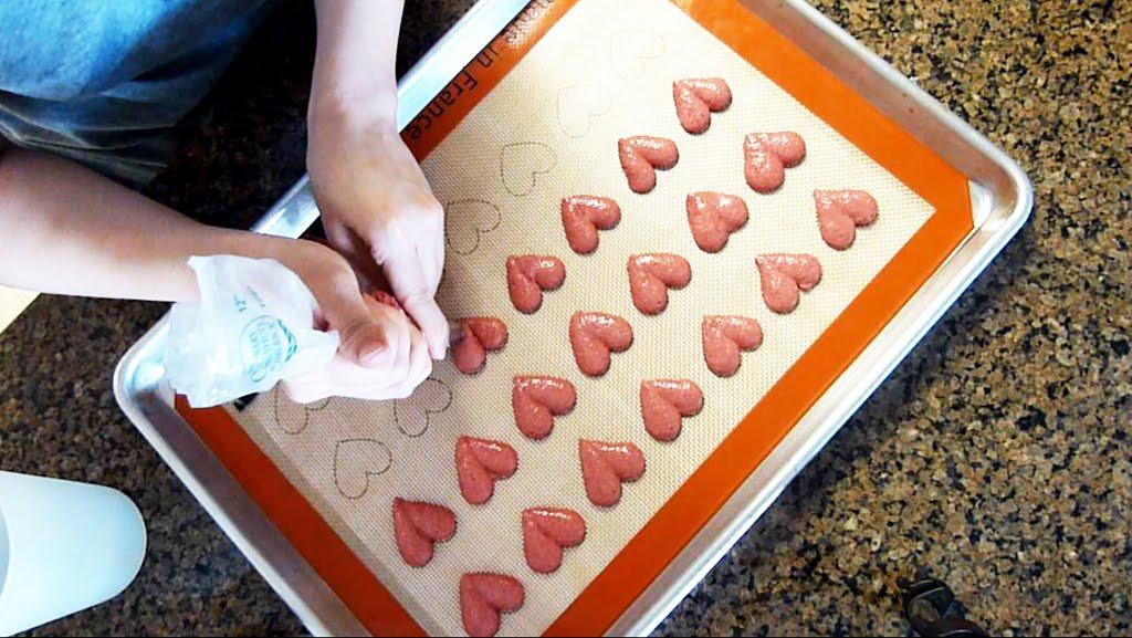 Vera S Cookbook Macaron Heart Macaron
