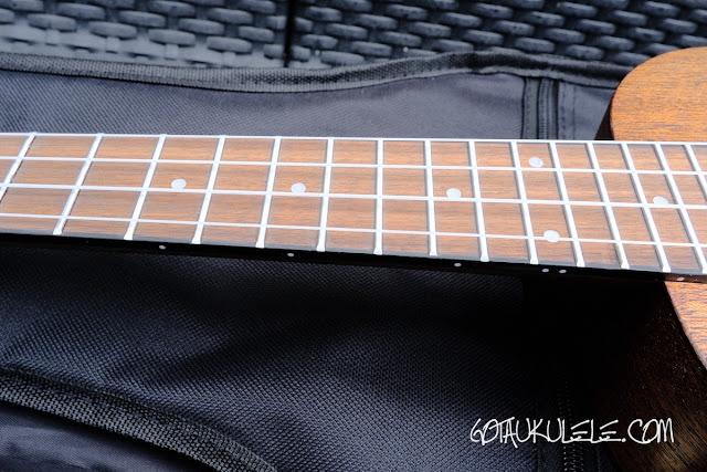 VTAB EL-55D Concert Ukulele neck