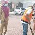 Tak Bermasker, Pelanggar Dihukum Bersihkan Masjid