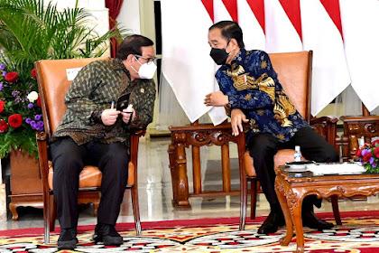 Presiden Beberkan Tiga Strategi Besar Ekonomi pada Para Ekonom