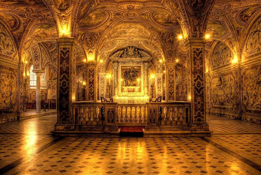 Túmulo de São Mateus, na cripta da catedral de Salerno