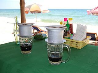 cara-meminum-kopi-vietnam.jpg