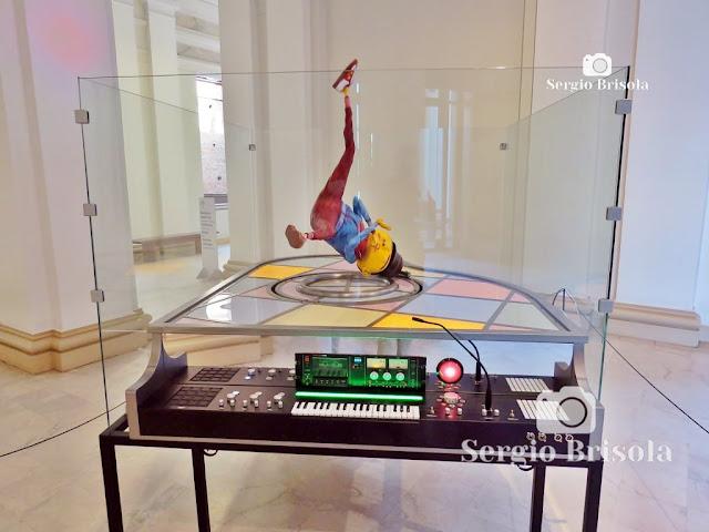 Escultura Piano (2019) - Hip-Hop - OsGemeos