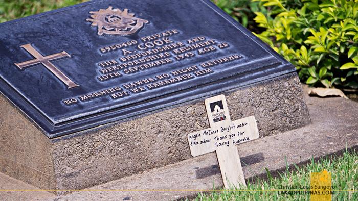 Death Railway Tour Kanchanaburi War Cemetery