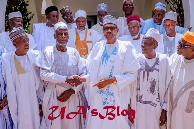 President Buhari Poses With His Classmates From Katsina Middle School (Photos)