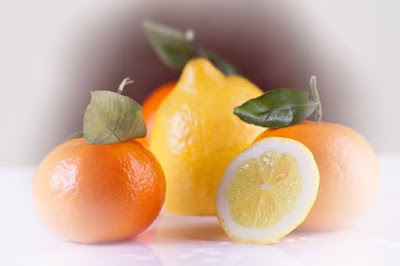 Vitamin C Benefits and Side Effects in Hindi