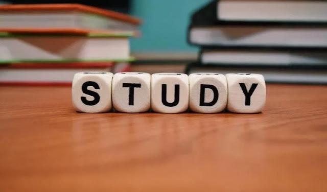 3 Cara Belajar Bahasa Inggris Untuk Kaum Rebahan