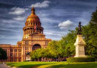 Best 10 Affordable Destinations in USA, Austin Texas,