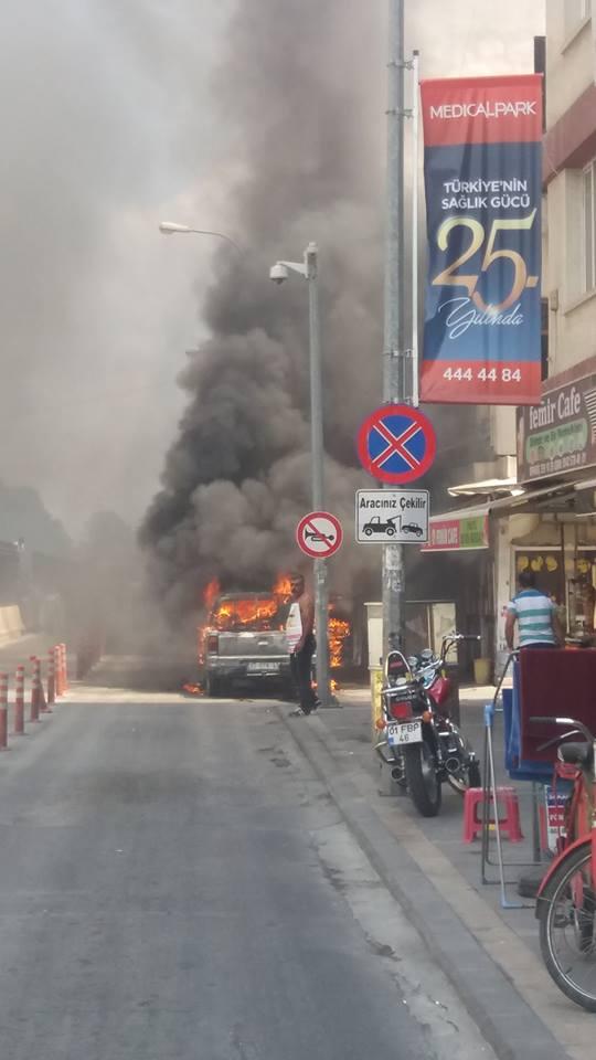 Adana Adliyesi Önünde Aracını Ateşe Verdi,adana haberleri,adana haber