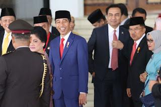Jokowi Diminta Jelaskan soal Permintaan TNI-Polri Sosialisasikan Program Pemerintah