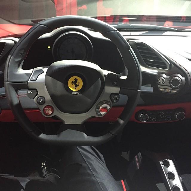 Ferrari 488 GTB (2015) 46