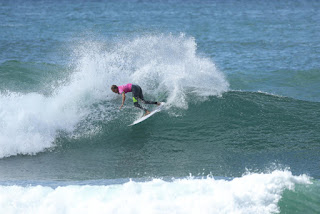 12 Stephanie Gilmore Roxy Pro France 2016 foto WSL Kelly Cestari