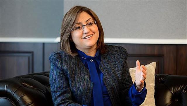 Gaziantep Büyükşehir Belediye Başkanı Fatma Şahin Kimdir? Nereli? kaç yaşında? evlimi? eşi çocukları kim?