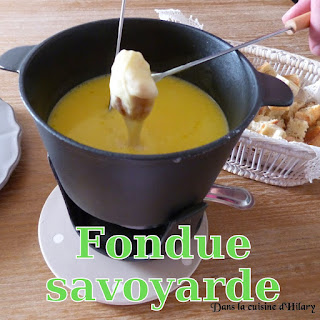 http://danslacuisinedhilary.blogspot.fr/2015/03/fondue-savoyarde-cheese-fondue.html