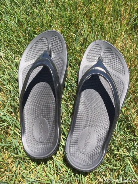 OOFOS OOlala Women's Flip Flops