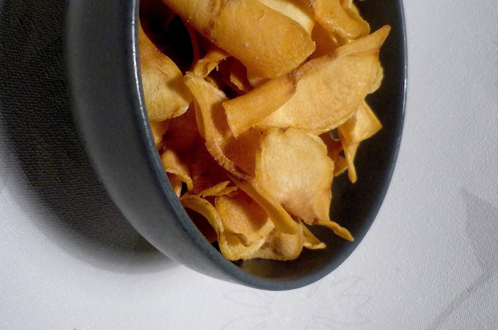 la francesa aux fourneaux chips de panais la fureur des l gumes oubli s chips de chirivia. Black Bedroom Furniture Sets. Home Design Ideas