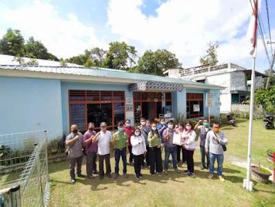 PT. TPL Bantu Renovasi Kantor Lurah Parapat