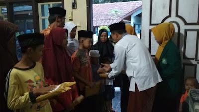 Perpisahan KKN STAINU Purworejo, Adakan Bukber dan Santunan Anak Yatim