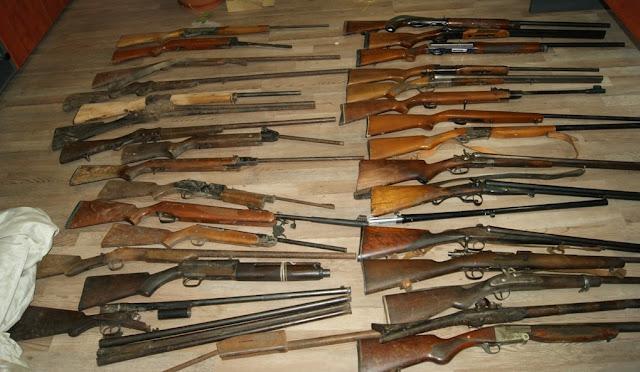 Ολόκληρο οπλοστάσιο στο σπίτι 76χρονου