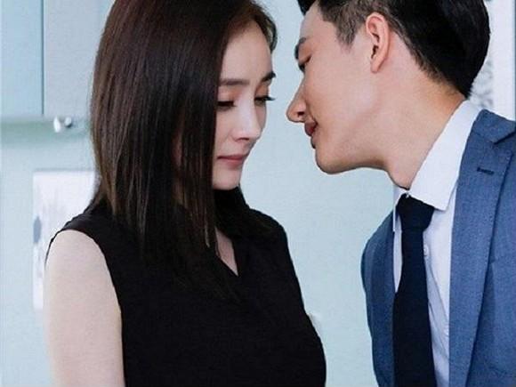 Độ tuổi nào phụ nữ dễ có khả năng ngoại tình nhất?