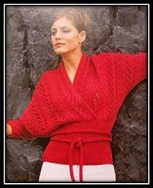 ukorochennii-pulover-s-rukavom-letuchaya-mish (12)