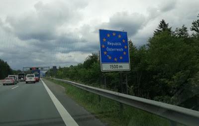 ألمانيا,لا,تستبعد,غلق,حدودها,مع,النمسا